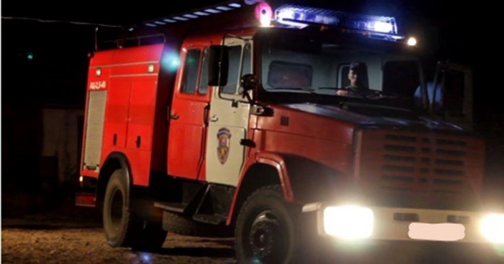 Огнеборцы ликвидировали условный пожар в школе феодосийской Краснокаменки