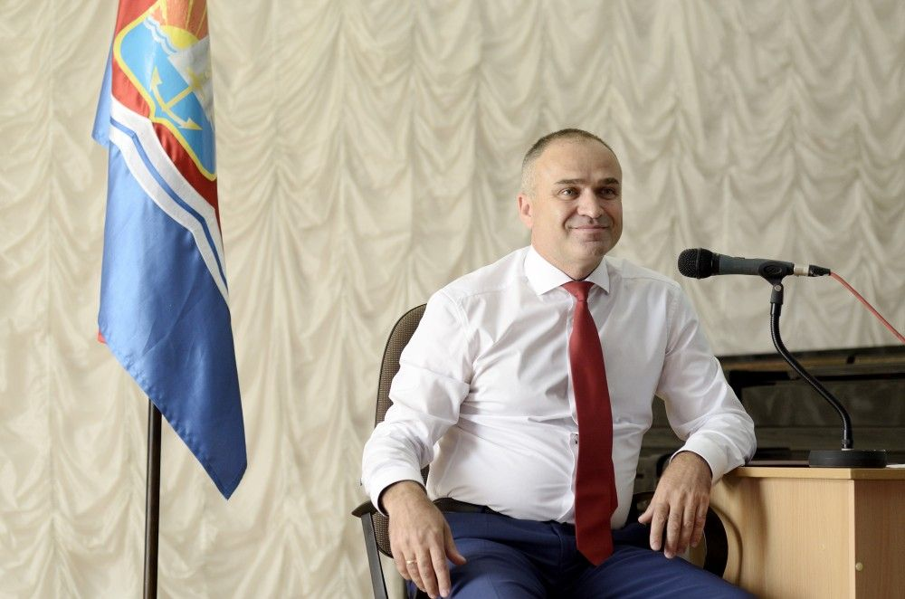 Вслед за главой администрации Станиславом Крысиным?