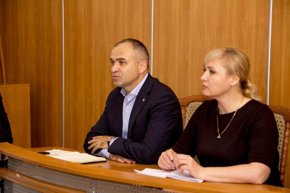 Общественники высказались о требовании уволиться руководству Феодосии