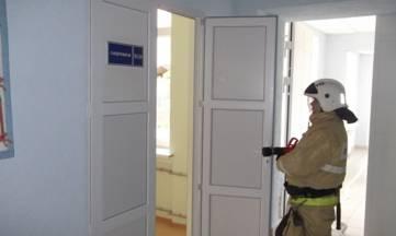 Коктебельская школа стала площадкой для учений пожарных (ФОТО)