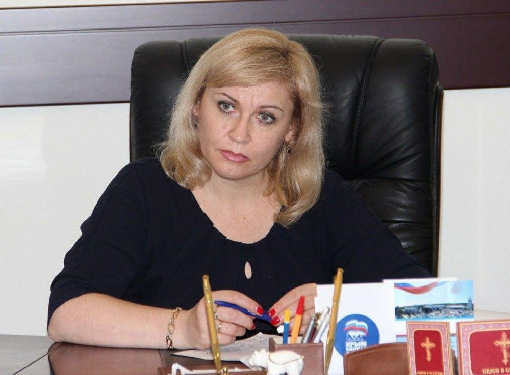 Экс-глава горсовета Феодосии Гевчук рассказала о каком-то навязчивом псевдотоварище