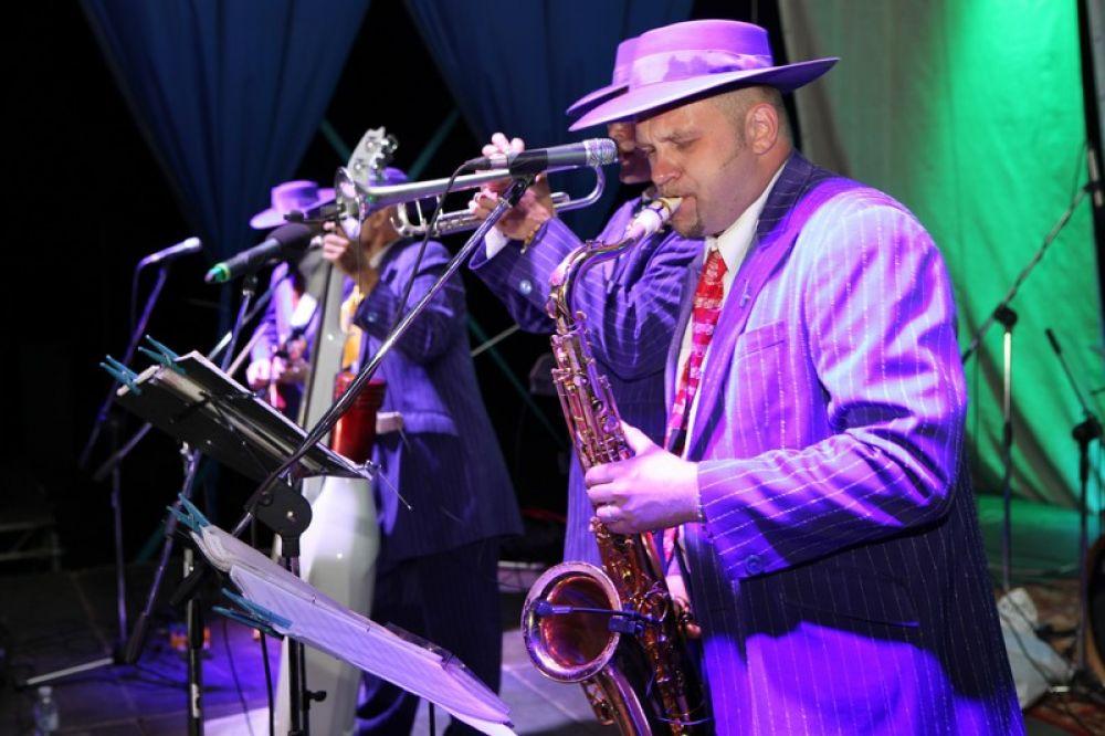 Музыканты из Италии и США выступят на Live in Blue Bay в Коктебеле