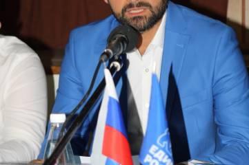 Фоторепортаж с отчетного собрания депутата Госдумы Андрея Козенко
