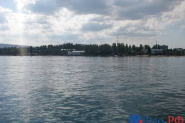 В Феодосии на борту яхты состоялась пресс-конференция с участниками Морского крестного хода