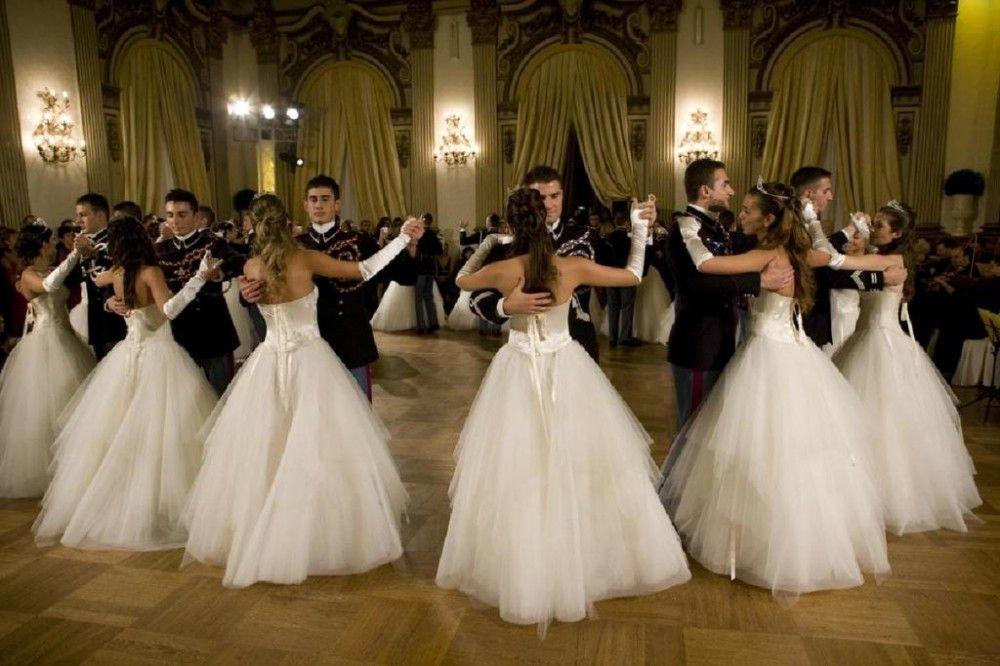 «Бал у Айвазовского» в Феодосии обещают сделать традиционным