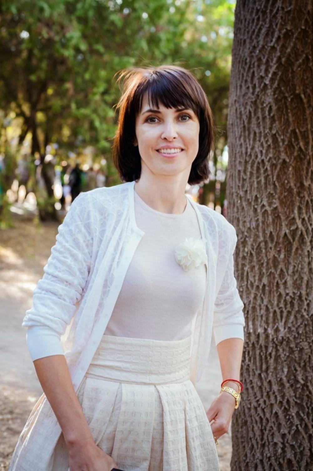 Елена Аксенова: «Помогать нужно, важно и почетно»