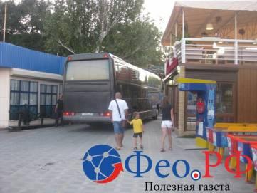 Почему бы автобусу не проехать по набережной Феодосии?