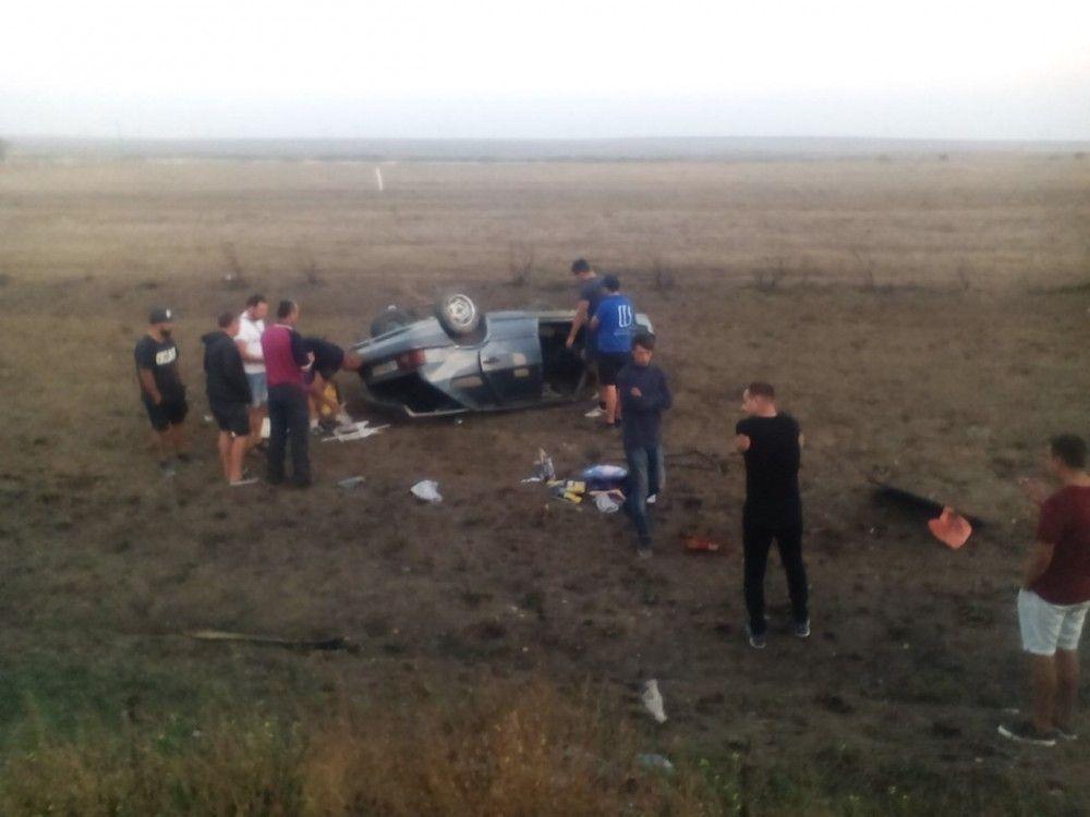 Водитель легковушки уснул за рулем на трассе под Феодосией: два человека в больнице
