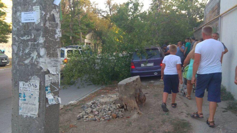 Женщина-водитель поучила травмы при столкновении  автомобилей в Феодосии
