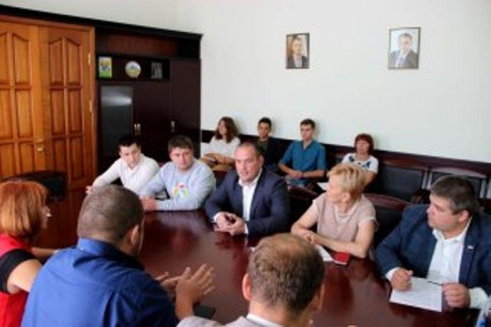 Руководители Феодосии призвали молодежь активнее участвовать в жизни города