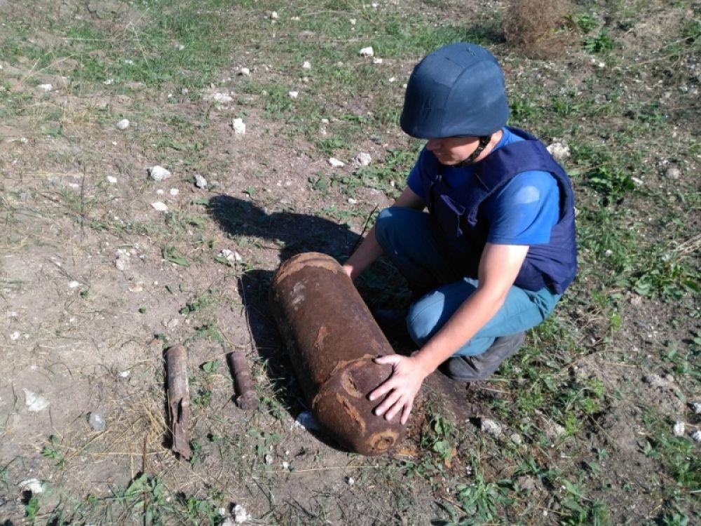 Пиротехники уничтожили в Ленинском районе три авиабомбы бомбы времен войны