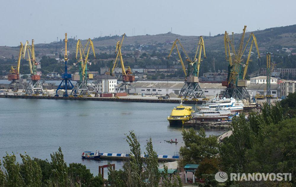 В Крыму готовы создать глубоководный морской порт-хаб