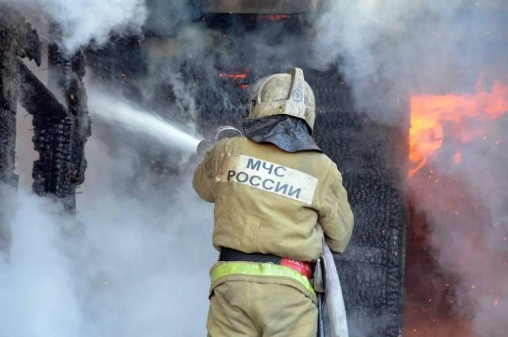 Огнеборцы  спасли мужчину на пожаре в Керчи
