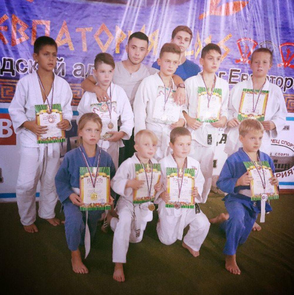 10 медалей завоевали наши джитсеры