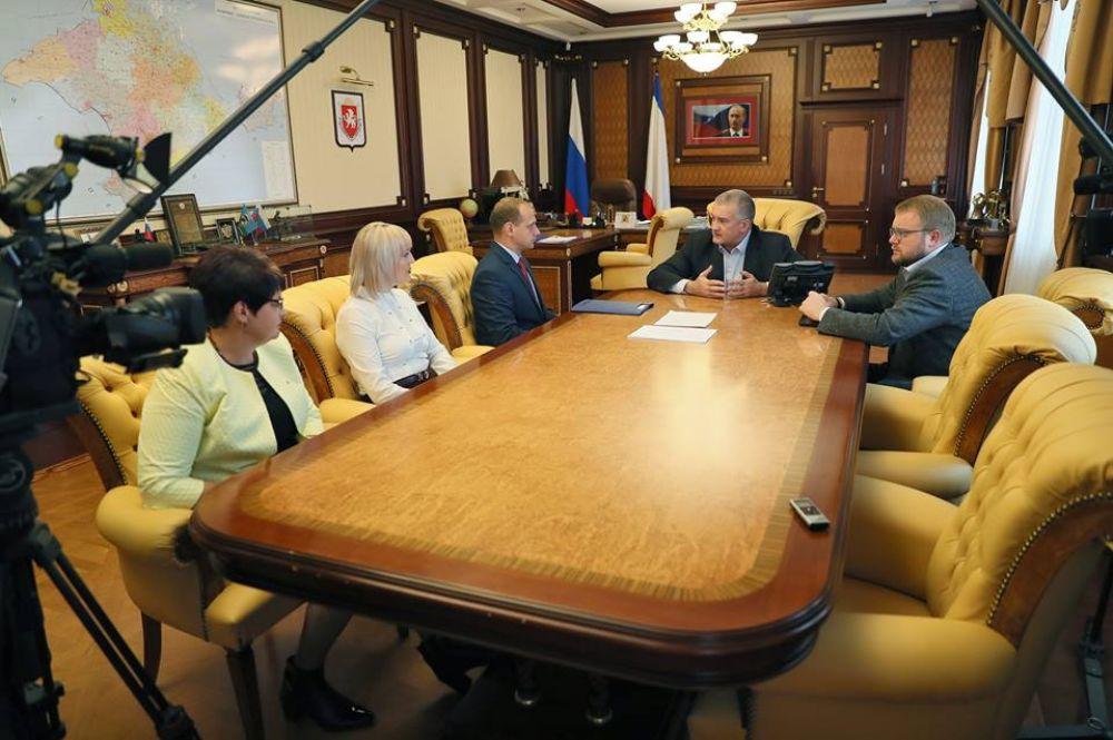 Аксенов поздравил Фомича с назначением и намекнул, как не надо работать