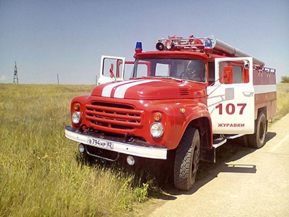 Под Феодосией выгорело 5 гектаров травы