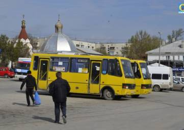 Феодосийских перевозчиков уличили в несоблюдении графиков движения автобусов