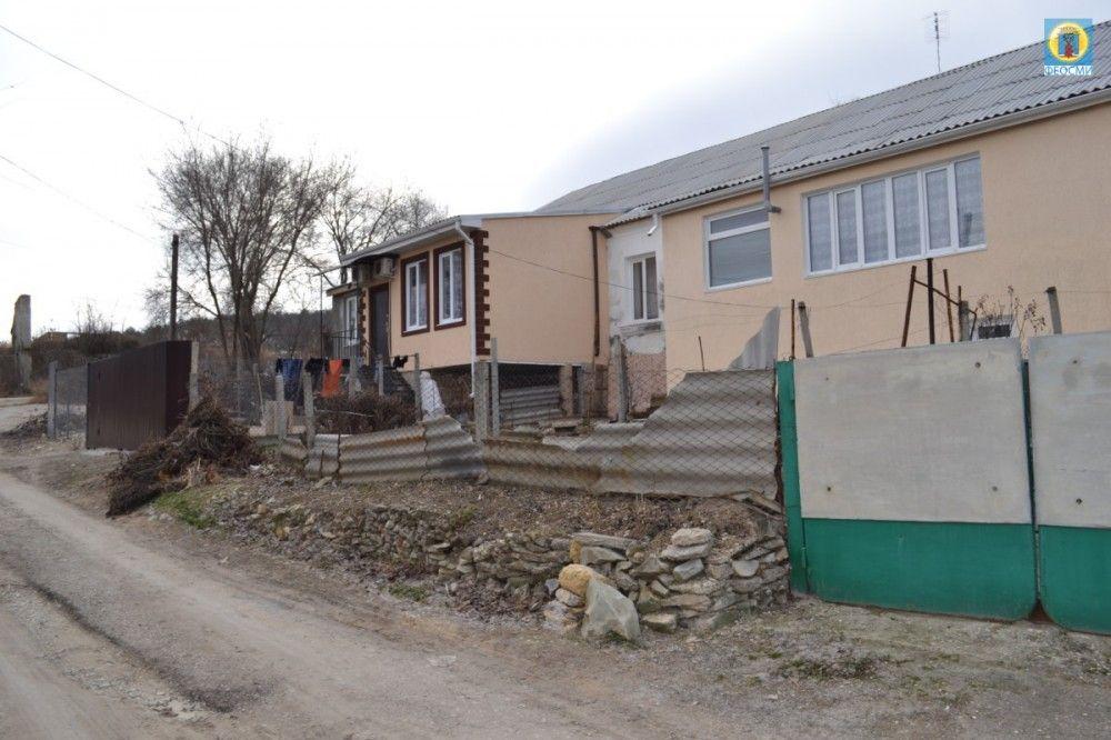 В феодосийском селе выявили самовольные строения