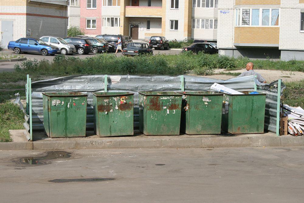 Прокуратура заставила администрацию Керчи обеспечить сбор мусора на территории кладбищ