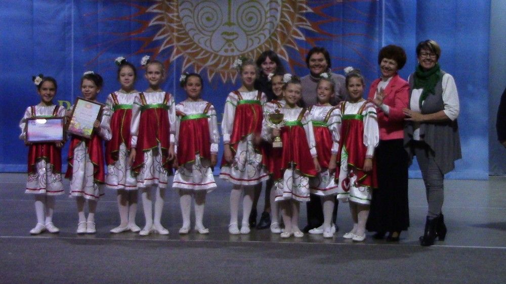 Феодосийские вокалистки победили на конкурсе «Возрождение истоков»