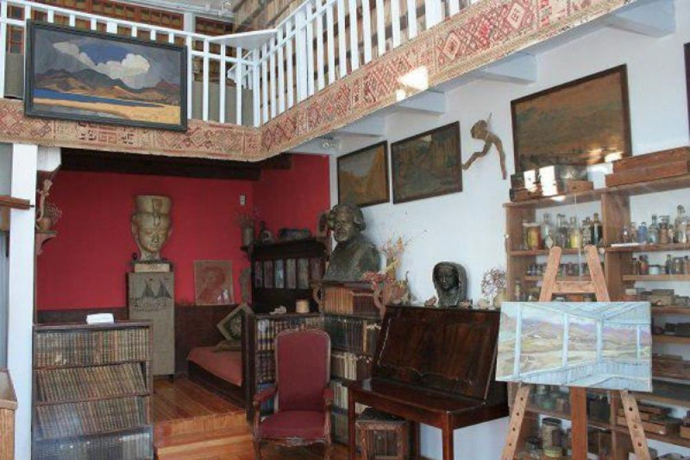 Дом-музей Волошина представит в Коктебеле редкие издания из библиотеки поэта