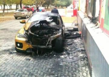 Очередной автопожар произошел в Феодосии (ФОТО)