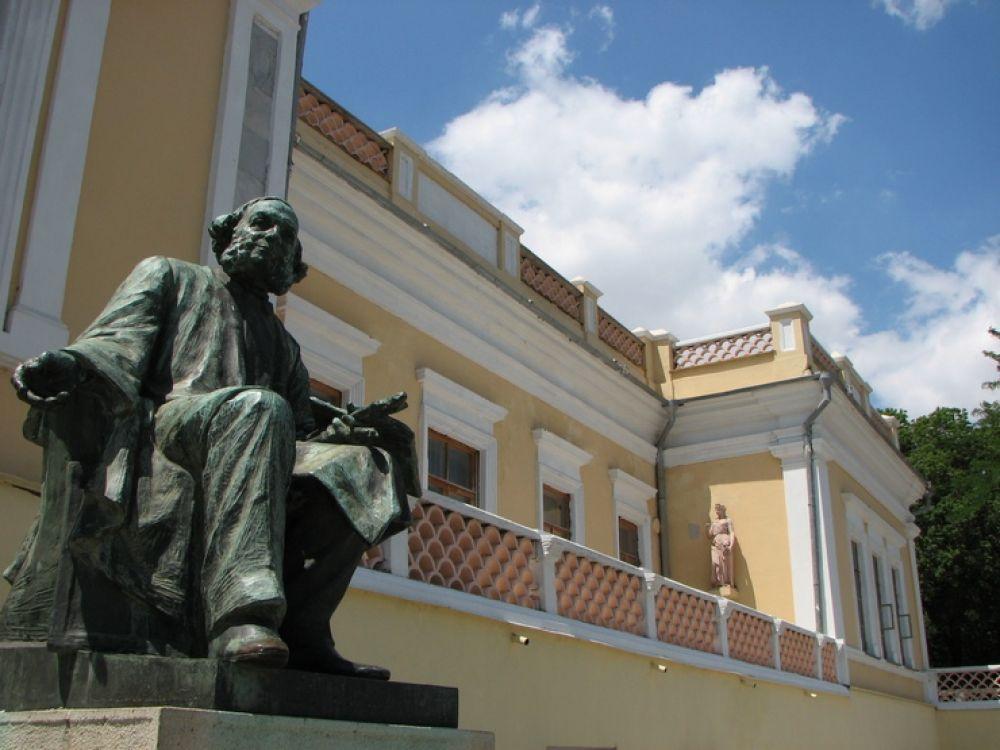 Феодосийцы и гости города могут бесплатно посетить галерею им. И.К. Айвазовского