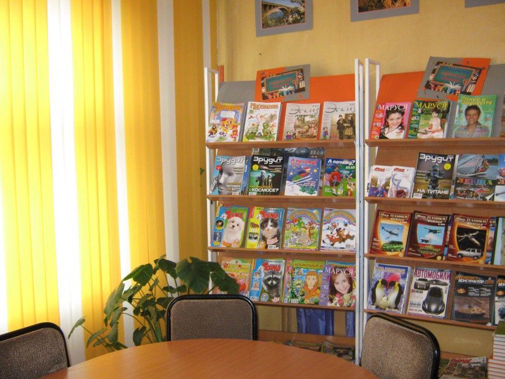 Прокуратура потребовала переписать положения о школьных библиотеках в Керчи
