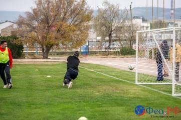 В Феодосии прошел турнир по футболу памяти знаменитого вратаря