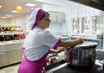 Пять феодосийских школ так и не дождались окончания ремонта пищеблоков и спортзалов