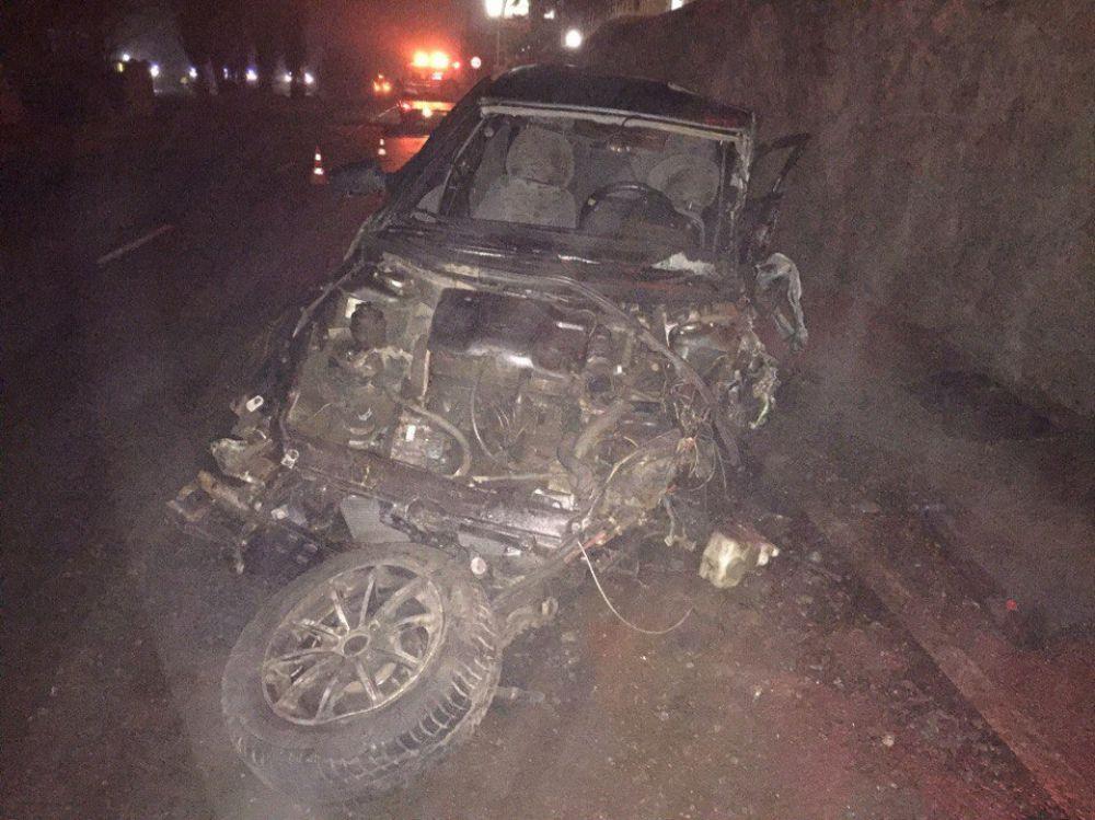 Ночное ДТП в Феодосии: «десятка» врезалась в фуру