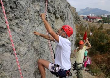 В Судаке пройдет Международный чемпионат ветеранов альпинизма и скалолазания