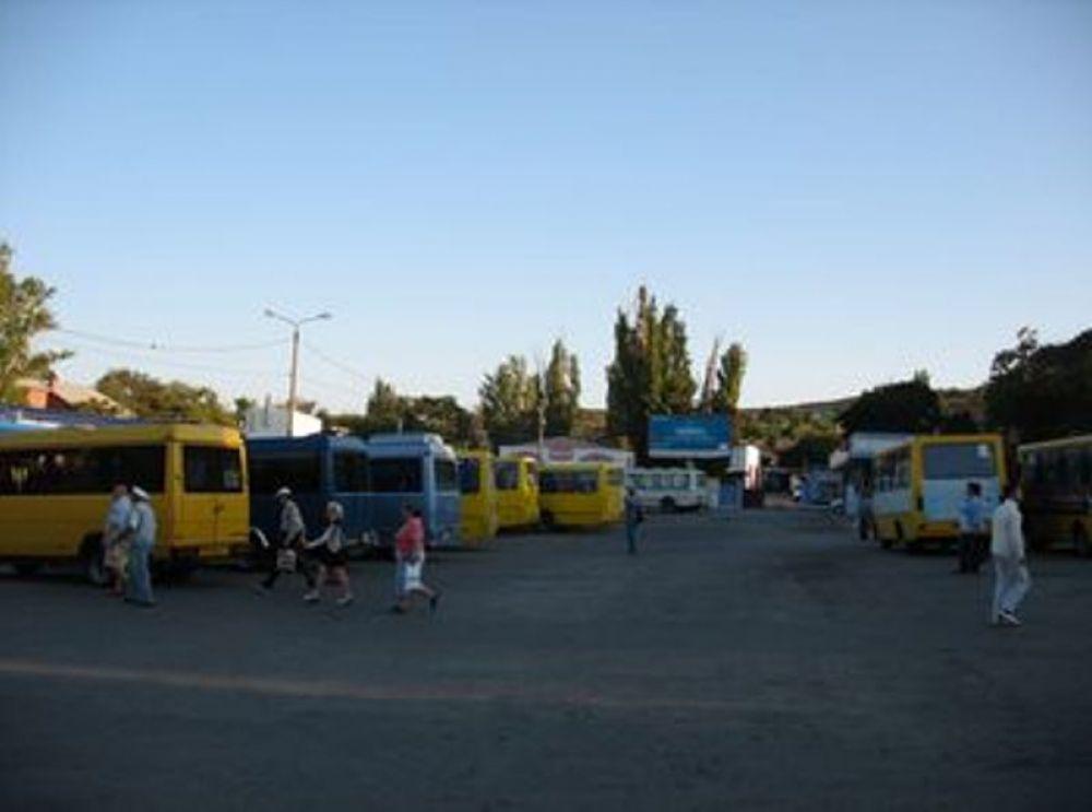 В Феодосии подумывают пересмотреть график движения маршруток на Орджоникидзе