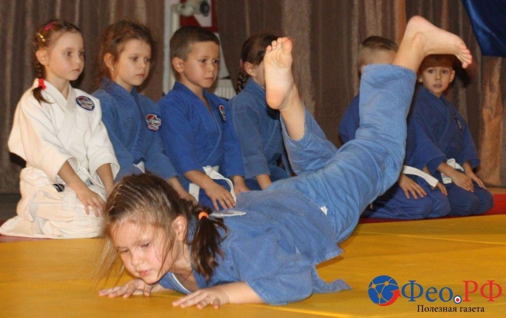В Феодосии мастерство показали юные дзюдоисты