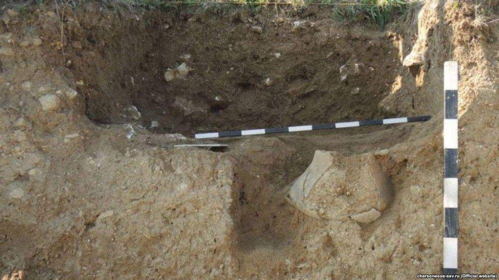 Под Керчью нашли древнюю Барби и усадьбу римского времени