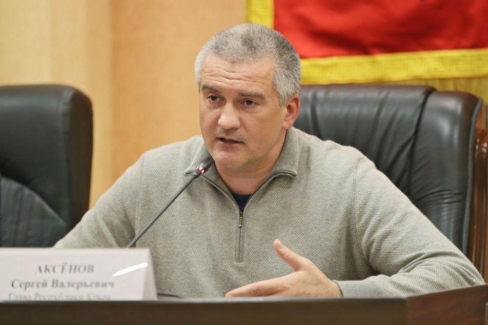 Аксенов поручил проверить керченские МУПы