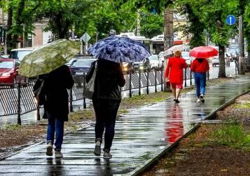 Резкое похолодание и дожди придут в Крым на выходных