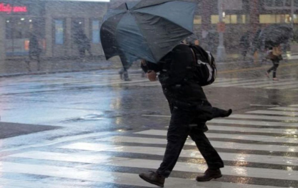 Дожди, снег и ветер идут в Крым