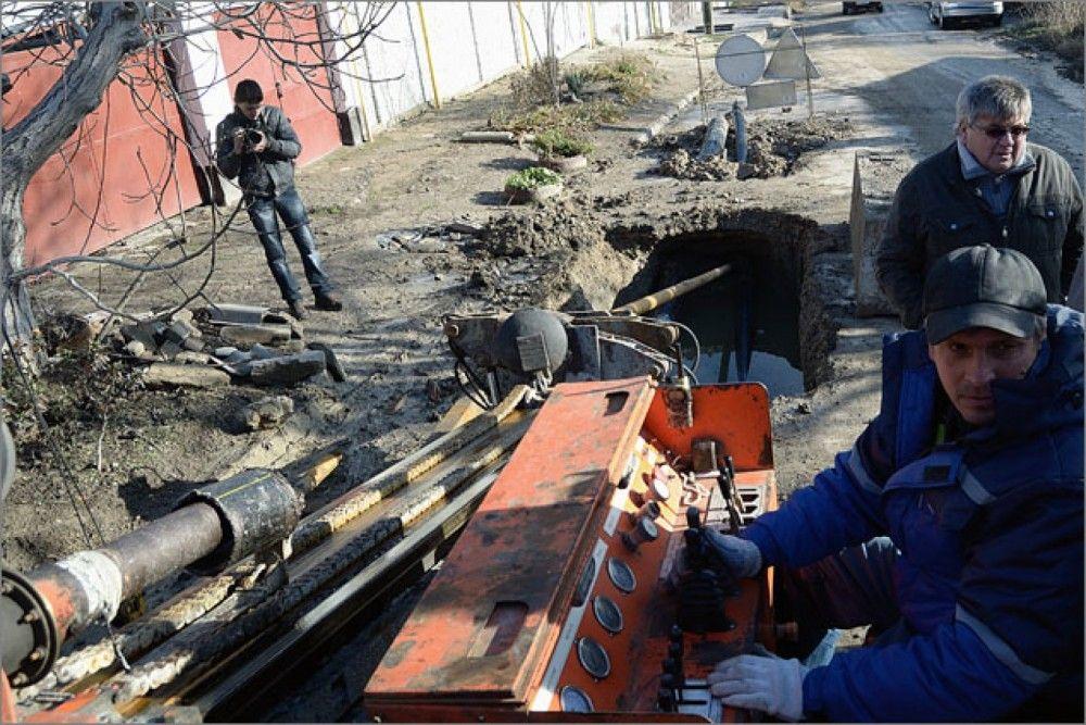 Феодосийский водовод на Панова передали республике