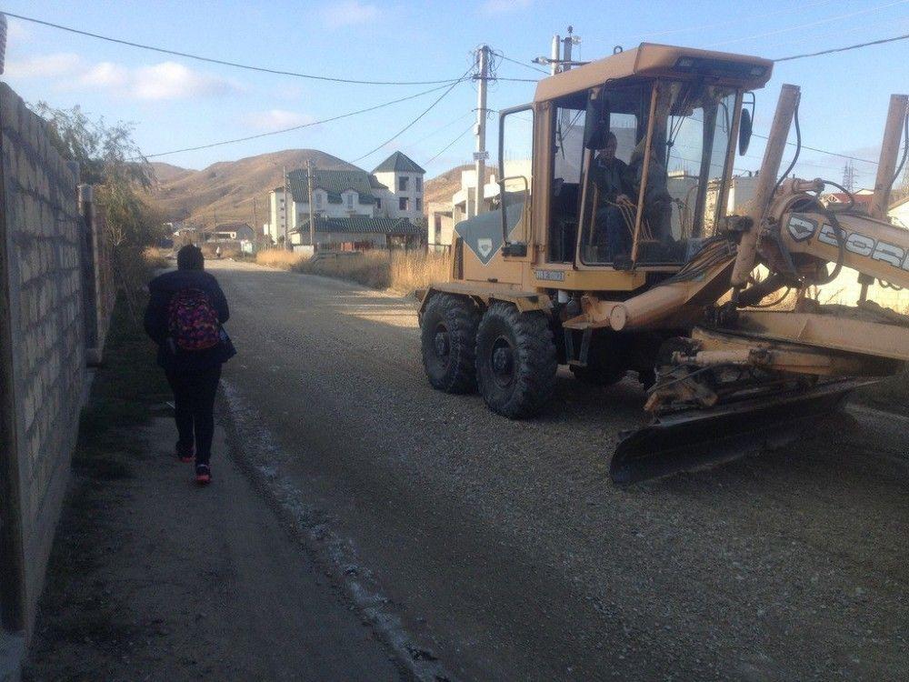 В Коктебеле обустроят пешеходную дорожку от школы до Арматлукской долины