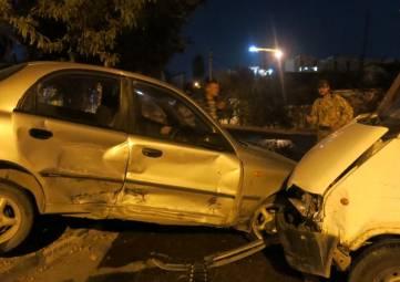 Вечером 27 октября в Феодосии на ул. Боевой две аварии(фоторепортаж)