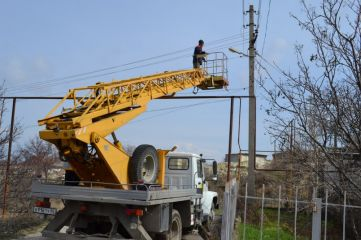 В двух феодосийских селах восстановили уличное освещение