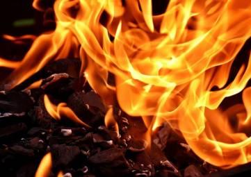 Появилось видео возможного поджога рынка в Феодосии