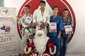 Кубок Деда Мороза 2017 уехал в Феодосию