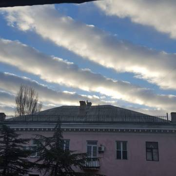 Редкие облака над Феодосией