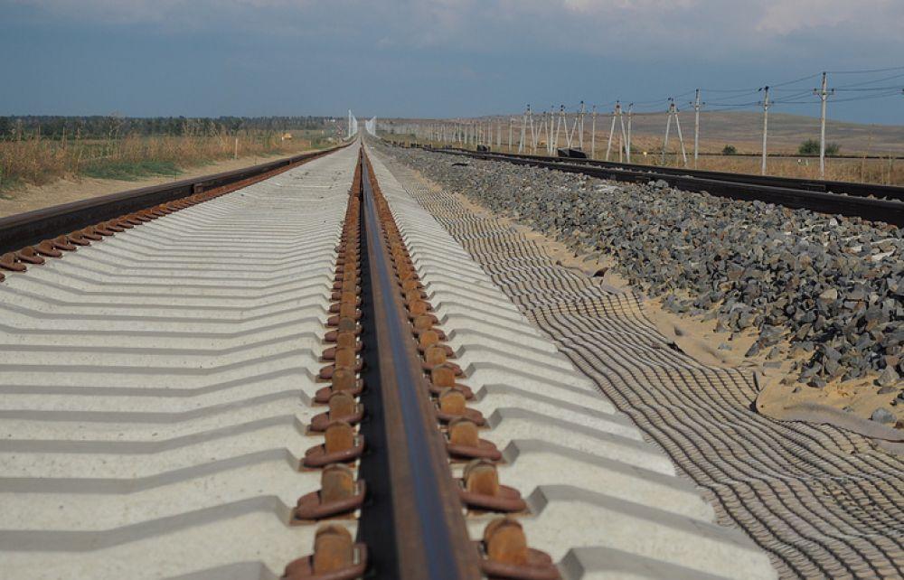 Железнодорожные подходы к Крымскому мосту подключат к электросетям Кубани до конца 2018 года