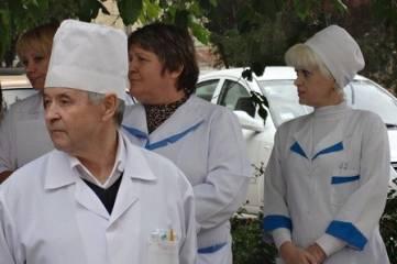 В Феодосии открыли памятную доску медику