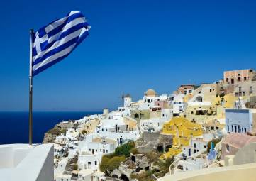Греция с 14 мая отменила ограничения на въезд для россиян