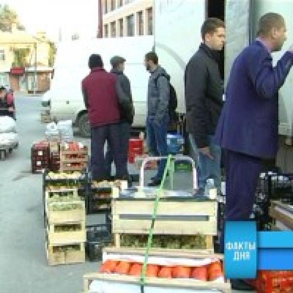 Рейд по выявлению незаконной торговли прошел в районе Центрального рынка