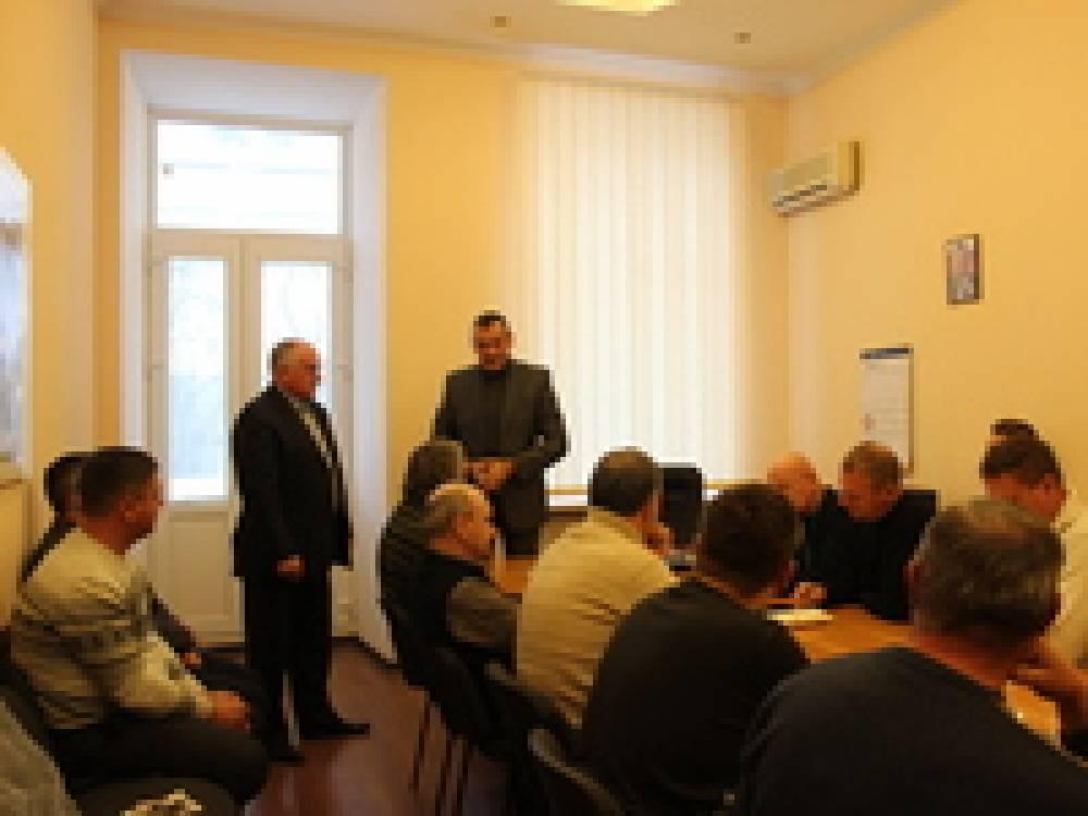 Продолжаются встречи руководства горсовета с трудовыми коллективами округа